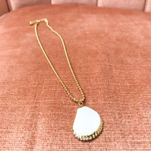 Jewelry - Gold Pendant Necklace with Shell Pendant